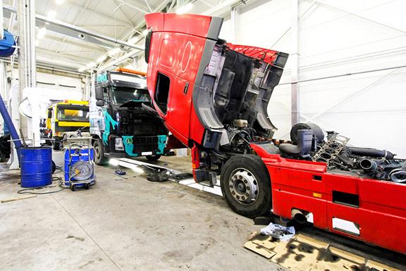 truck repair lynnwood