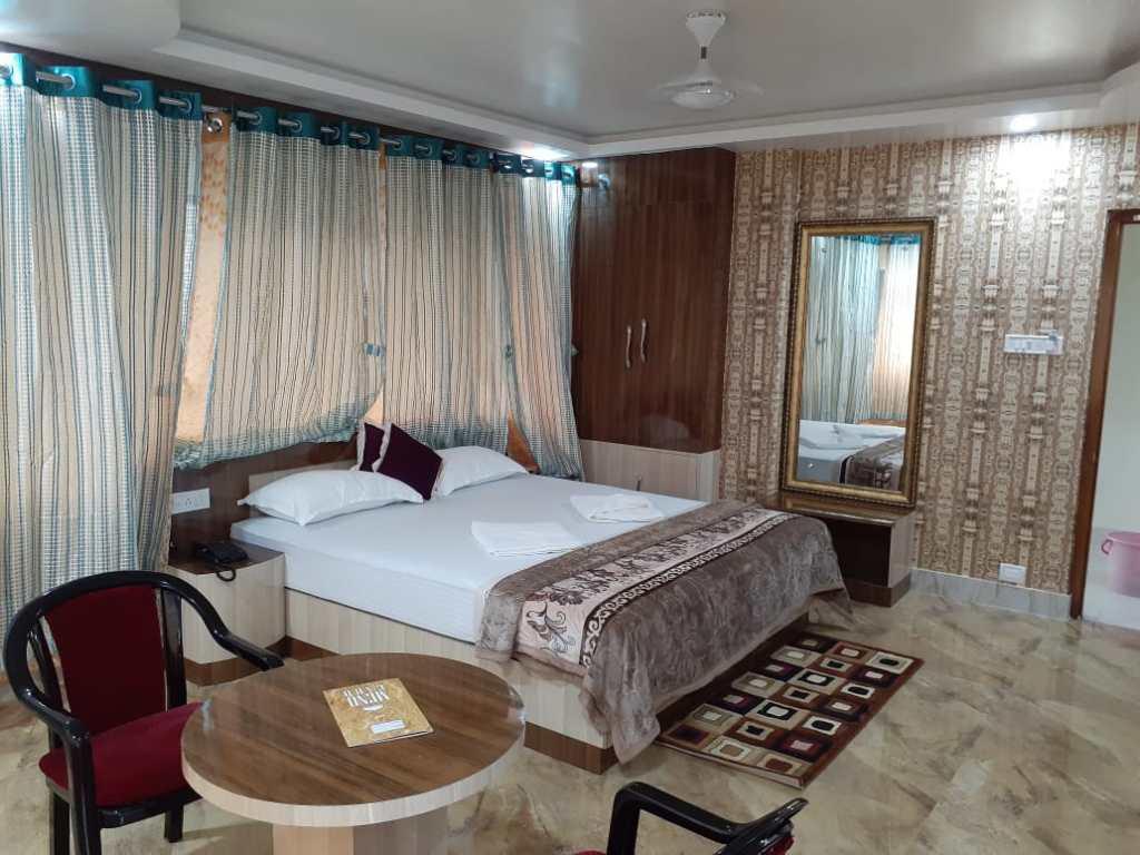 2 bedroom hotel rentals